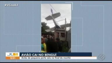 Avião cai e deixa um homem morto e dois feridos no bairro do Benguí, em Belém - A vítima é o copiloto da aeronave. O piloto ficou preso nas ferragens e sofreu traumatismo craniano. A terceira vítima que era vigilante e estava na residência onde o avião caiu, ele sofreu escoriações.