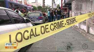 Morador de rua é morto a facadas próximo à Catedral de Caruaru - Identidade da vítima e a motivação do homicídio são desconhecidas.