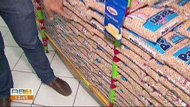 Preço do feijão chega a R$8 o kg em Caruaru - Preço está sendo comparado ao kg da Fava.