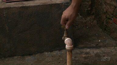 Abastecimento de água é normalizado em Rolândia - Moradores enfrentaram problemas com torneiras secas por causa do rompimento de duas tubulações da Sanepar.