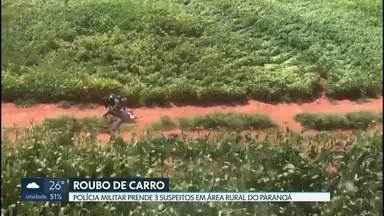 Polícia prende suspeitos de furtar carro no Itapoã - A prisão foi na área rural do Paranoá. Os três banidos tentaram se esconder em uma plantação de milho, mas foram encontrados com a ajuda do helicóptero da PM.