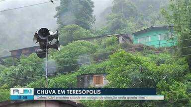 Defesa Civil mantém Teresópolis, RJ, em estágio de atenção nesta quarta-feira (14) - Assista a seguir.