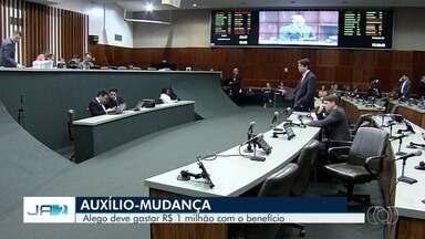 Deputados recebem R$ 1 milhão em auxílios, em Goiás - Entenda benefícios dos parlamentares.