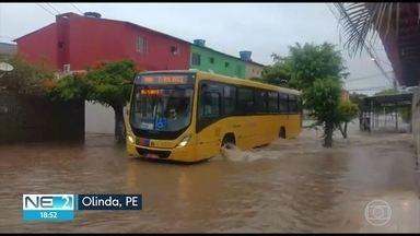 Chuva causa alagamentos no Grande Recife e Zona da Mata de PE - Previsão é de que nuvens se dissipem.