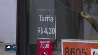 Justiça suspende aumento da tarifa de ônibus em São Paulo - Decisão determina que passagem volte a custar R$ 4.
