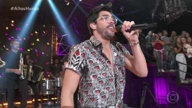 Gabriel Diniz canta 'Jenifer' - Serginho mostra montagem 'cantando' a música
