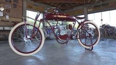 Réplicas artesanais de motocicletas do início do século XX trazem experiências únicas - Com peças importadas do EUA, fabricadas na China e Brasil, as motocicletas trazem todos os detalhes como as originais.