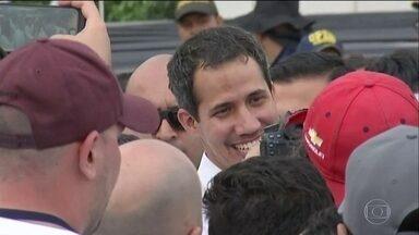 Cúcuta, na Colômbia, fronteira com a Venezuela, tem show humanitário - Autoproclamado presidente da Venezuela, Juan Guaidó pretende cruzar a ponte que liga cidade venezuelana de Táchira a Cúcuta para buscar ajuda humanitária.