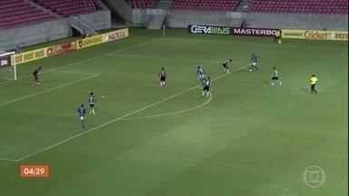 Vitória vence o Santa Cruz por 3 a 0 - Confira os gols do Campeonato Pernambucano.