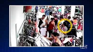 Polícia tenta identificar quadrilha de mulheres que furtam lojas em São Luís - Câmeras flagraram uma ação do bando que deu um prejuízo de 15 mil reais em apenas um dia para uma loja de roupas.