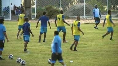 CSA volta a treinar no Mutange para enfrentar o Galo no clássico - Azulão quer aproveitar o embalo da última vitória pra vencer o rival.