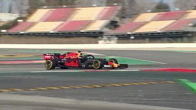 Pilotos trabalham duro na semana de testes da Fórmula 1, em Barcelona - Pilotos trabalham duro na semana de testes da Fórmula 1, em Barcelona