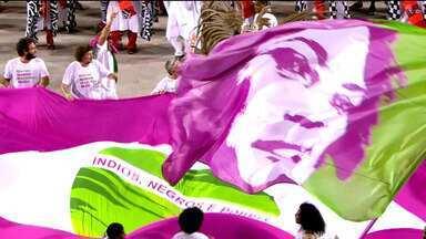 Melhores momentos dos desfiles do Grupo Especial do RJ (Segunda - 04/03/19) - A 2ª noite de desfiles reuniu as escolas de samba: São Clemente, Vila Isabel, Portela, União da Ilha, Paraíso do Tuiuti, Mangueira e Mocidade.