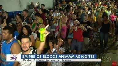 Foliões curtem o carnaval em Pirenópolis - Blocos animaram a noite.