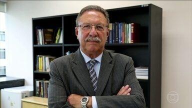 Luiz Antônio Bonat é o novo titular da 13ª Vara Federal de Curitiba - O juiz assume a vaga que foi de Sérgio Moro, hoje ministro da Justiça, e vai cuidar dos processos da Lava Jato na primeira instância.