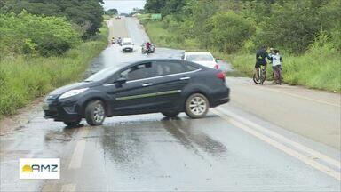 Cheia do Rio Madeira - O tráfego na ponte sobre o Madeira, na BR 319, está parcialmente prejudicado