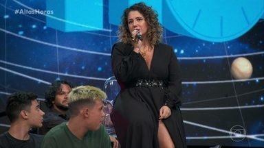 Maria Rita está comemorando 10 anos como intérprete de samba - Confira!