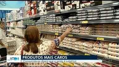 Goiânia teve a maior inflação dos últimos três anos - Este aumento histórico está fazendo as pessoas substituírem produtos na hora de comprar.