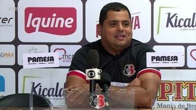 Sem Pipico, Santa Cruz recebe Central, no Arruda, pelo Pernambucano - Atacante foi punido com quatro jogos de suspensão, pelo TJD-PE