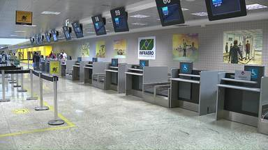Procon orienta passageiros sobre o que fazer em caso de voos atrasados ou cancelados - Família ia para um casamento em Fernando de Noronha, mas empresa cancelou o voo.