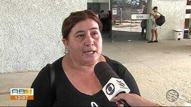 Pacientes reclamam de problemas no Hospital Regional do Agreste - Pacientes com problemas renais estão com dificuldade no atendimento.