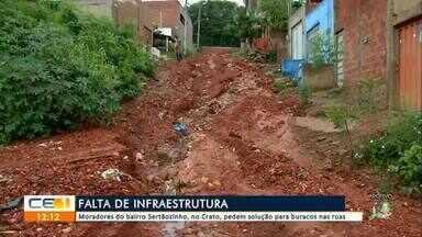 Moradores do bairro Sertãozinho, no Crato, pede solução para os buracos nas ruas - Outras informações no g1.com.br/ce