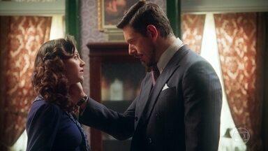 Gustavo desabafa com Maristela - Ela convida o marquês para ir a Paris e promete cuidar dele
