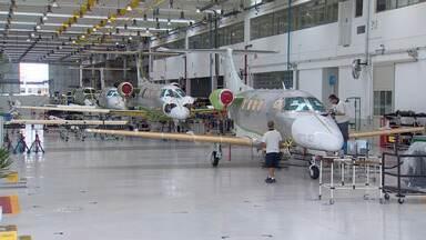 Embraer tem maior prejuízo desde que foi privatizada - Prejuízo foi de quase R$ 670 milhões.