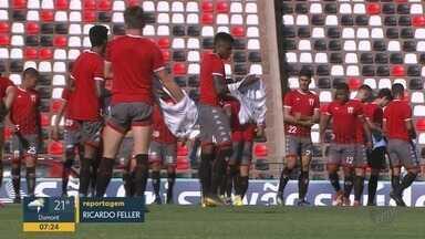 Torcedores do Botafogo-SP lotam 24 ônibus para jogo contra o Mirassol fora de casa - O jogo pode garantir a permanência do time ribeirão-pretano no Campeonato Paulista.