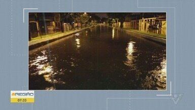 Temporal do fim de semana causa transtornos na Baixada Santista - Cidades como Santos, Itanhaém, Guarujá e Praia Grande tiveram ruas alagadas durante as chuvas.