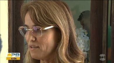 Após prisão, Livânia Farias pede exoneração da Secretaria de Administração da PB - Livânia Farias foi presa na noite deste sábado, ao chegar em João Pessoa.