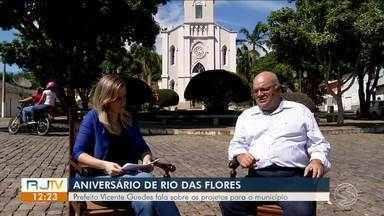 RJTV entrevista prefeito de Rio das Flores - Parte 2 - Após aniversário de 129 anos da cidade, prefeito Vicente Guedes fala sobre projetos para o município.