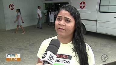 Pacientes reclamam de problemas no Hospital Regional do Agreste em Caruaru - Pacientes ostomizados estão tendo que usar sacolas plásticas por falta de material no hospital.