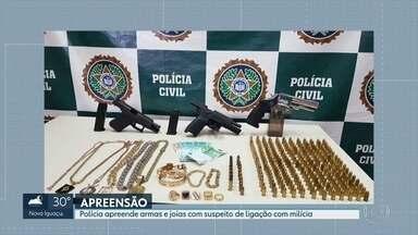 Homem suspeito de ligação com a milícia foi preso no Recreio - Com Eduardo de Jesus dos Santos Campos foram apreendidas armas, munição, dinheiro e grande quantidade de joias. Ele é suspeito de lavar dinheiro para a quadrilha de milicianos do Terreirão.