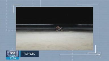 Giro: Homem morre e outro fica ferido após quadriciclo capotar em praia de Itapema - Giro de notícias: Homem morre e outro fica ferido após quadriciclo capotar em praia de Itapema