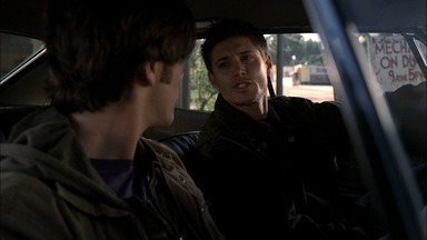 Piloto - Treinados para caçar seres sobrenaturais, Sam e Dean Winchester unem forças quando o pai some misteriosamente durante a busca pelo demônio que matou a mãe deles, há 22 anos.