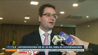 Deputados aprovam projeto que acaba com aposentadoria de ex-governadores - Projeto prevê também a extinção das pensões das viúvas de ex-governadores.