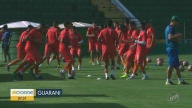 Cadê o técnico? Guarani ainda não anunciou substituto de Osmar Loss - Treinador foi demitido logo após a derrota no dérbi por 3 a 0.
