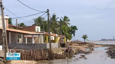 Parte do município de Barra dos Coqueiros sofreu com a maré alta nesta sexta-feira - A maré chegou a atingir o nível 2,3.