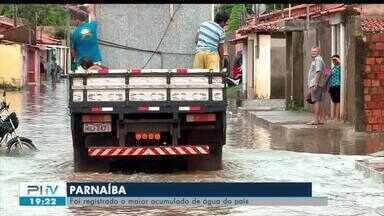 Moradores de Parnaíba acumulam prejuízos após chuvas - Moradores de Parnaíba acumulam prejuízos após chuvas