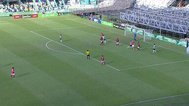 Boa chegada do Coritiba, mas Juan Alano bate na em cima do marcador - Boa chegada do Coritiba, mas Juan Alano bate na em cima do marcador