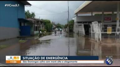 Em São Domingos do Capim, prefeitura decreta situação de emergência - A maré alta invadiu as ruas do município.