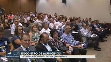 Encontro reúne 200 prefeitos do Estado de São Paulo, em Ribeirão Preto - Entre os temas de discussão está a gestão pública.