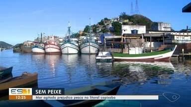 Pescadores ficam sem trabalhar por alerta de ciclone no ES - A previsão é de que eles voltem a pescar nesta terça-feira (26). A tempestade tropical Iba deixou o mar agitado entre a costa do Espírito Santo e da Bahia.