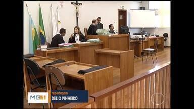 Júri do último acusado no caso da loja de pneus é adiado em Montes Claros - Ele é acusado de ser o mandante do crime.