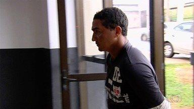 Preso suspeito de atropelamento que matou homem e feriu criança em distribuidora - Segundo investigações, ele estava bêbado no dia do acidente e foi liberado após pagar fiança de R$ 2 mil, em Aparecida de Goiânia.