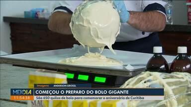 Começa a preparação do bolo de aniversário de Curitiba - Este ano são 650 kg pra atender centenas de pessoas