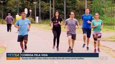 Equipe da RPC treina pra The Hardest Run, a Corrida Pela Vida - Com acompanhamento profissional, eles aprendem a correr do jeito certo.