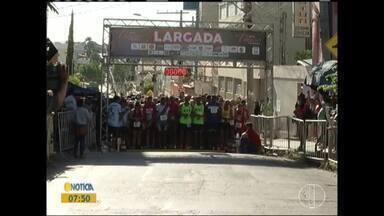 Corrida do Ateneu é realizada neste domingo (31) em Montes Claros - Foram 550 inscritos na corrida.