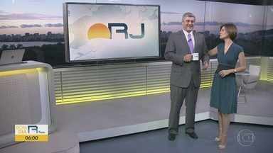 Bom Dia RJ - Edição de segunda-feira, 01/04/2019 - As primeiras notícias do Rio de Janeiro, apresentadas por Flávio Fachel, com prestação de serviço, boletins de trânsito e previsão do tempo.